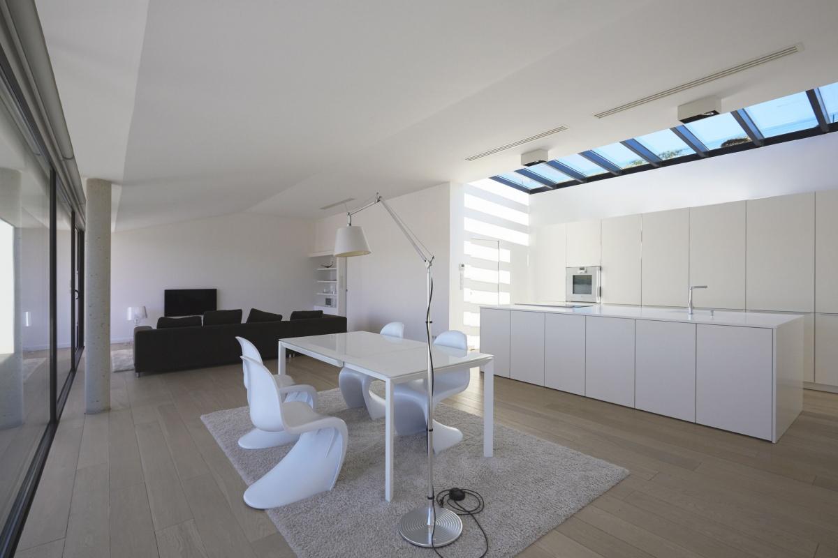 Villa VUA : atelier-cc-architecte-toulouse-maison-coteaux-moderne-contemporaine-deco-minimaliste-design-parquet