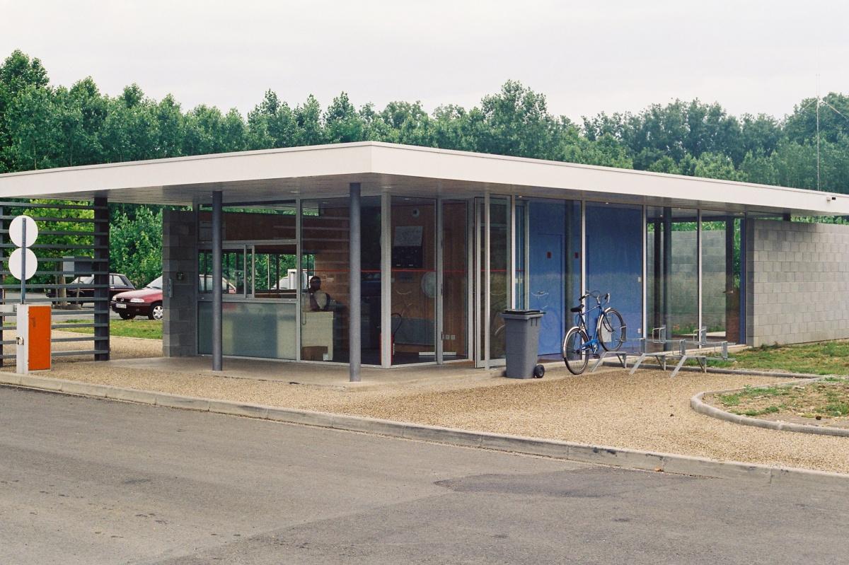 Usine Polyrey de Couze : construction d'un poste d'accueil