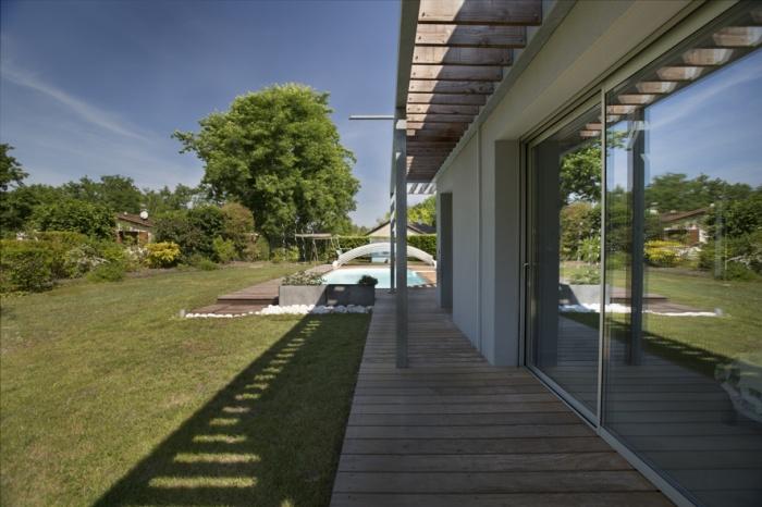 Extension d'une maison d'habitation et aménagements extérieurs : Pergola 2